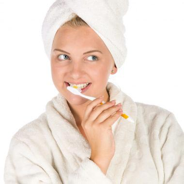 make your own bentonite clay toothpaste